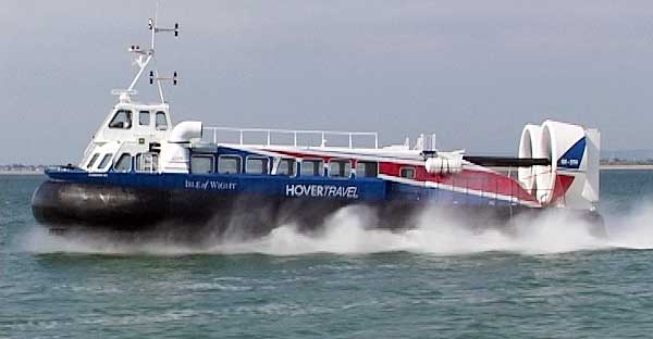 http://www.mddm.co.uk/Hover/images/bits/Hovertravel_hovercraft_01.jpg